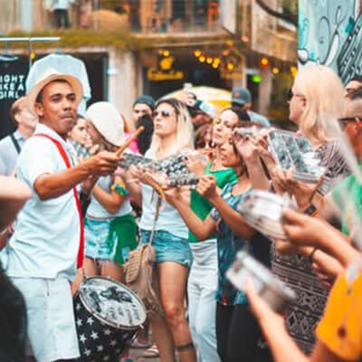 Maneiras de se comemorar o Carnaval ao redor do mundo